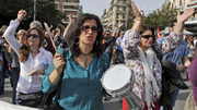 Thumb_hi-greek-protests852-cp0353