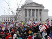 Thumb_outside-wisc-protest-murray-425x300_0