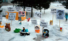 Thumb_toy-protest-in-barnaul-003